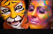 aqua make-up von maskworld.com – wasserlösliche Schminke für Fasching, Halloween, Bodypainting und viele weitere Anwendungsbereiche.