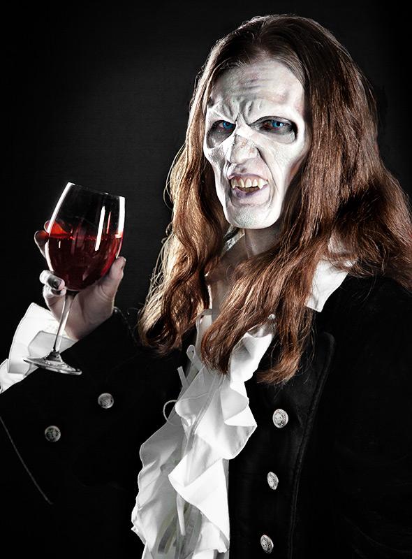 halloween make up tutorial vampir. Black Bedroom Furniture Sets. Home Design Ideas