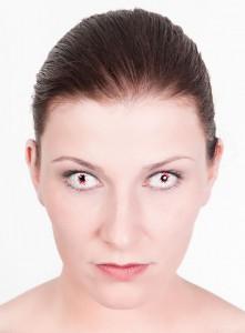 Infizierter Kontaktlinsen Zombieaugen für Zombie Walk