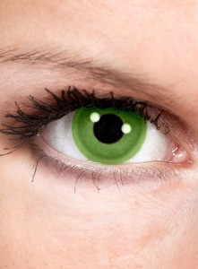 green-contact-lenses-st-patricks-day