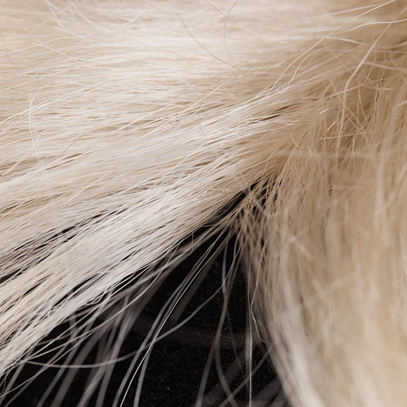 Perücken Material – Synthetikhaar