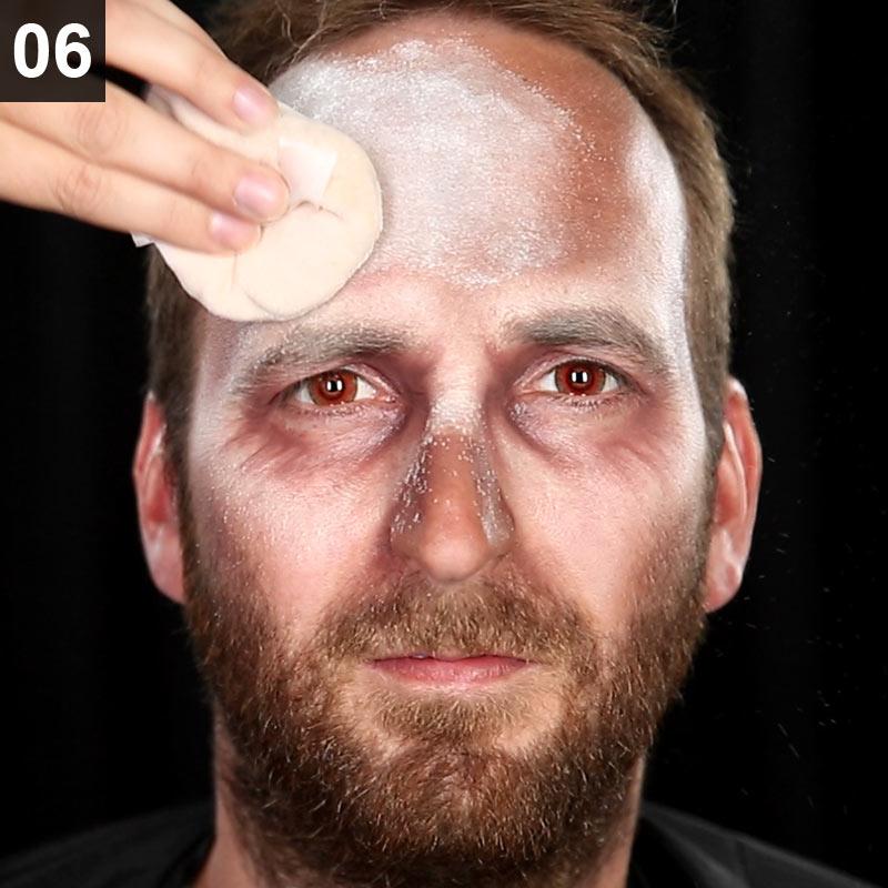 Halloween Make-up Anleitung Zombie