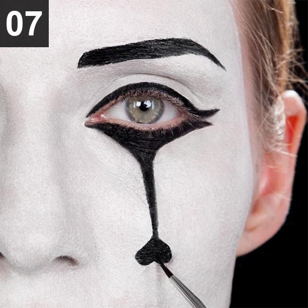 Augen-Make Up für Fasching und Zirkus-Party