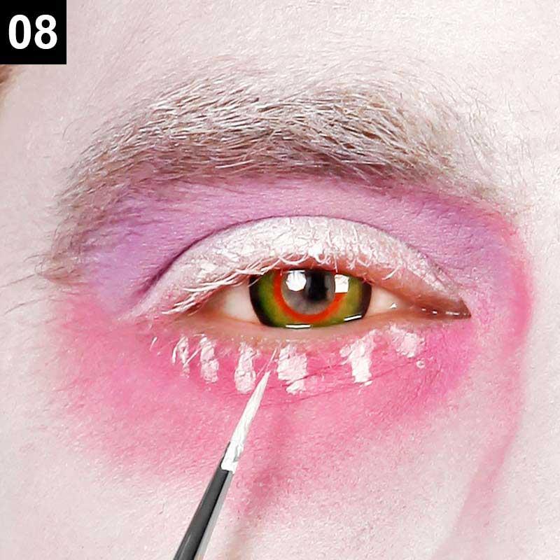 Mad Hatter Make-up Anleitung Schritt 8