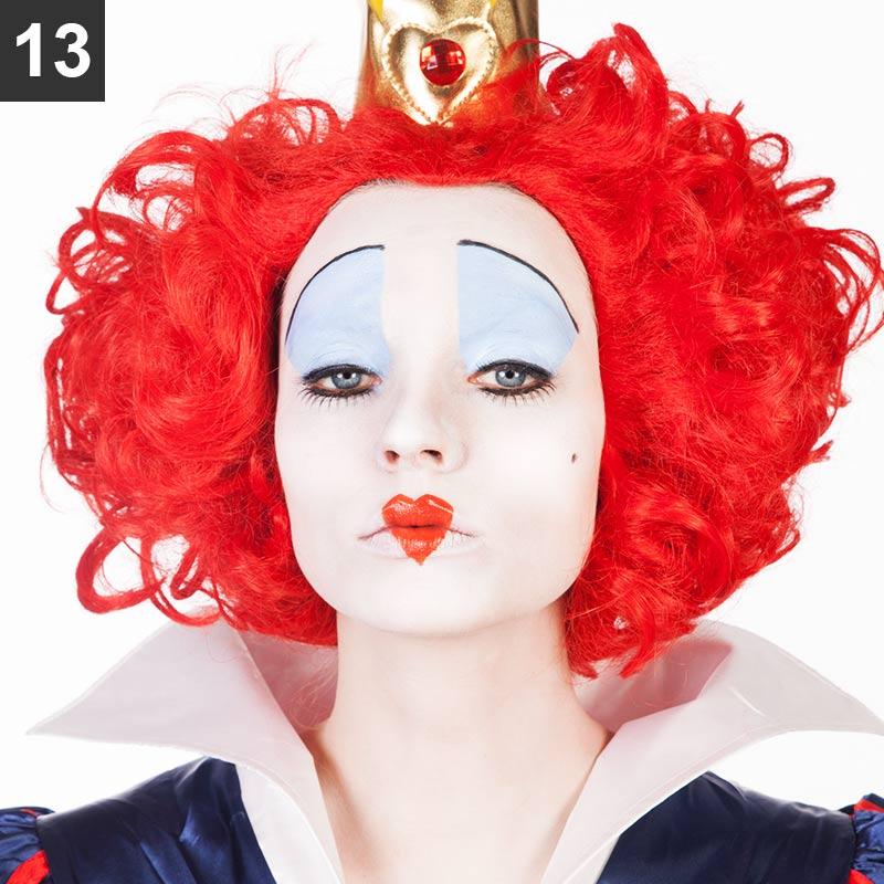 Rote Königin Make-up Schritt 13
