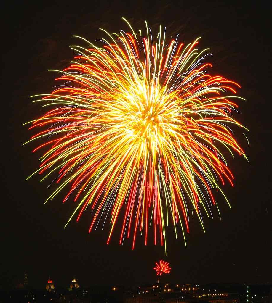 maskworld.com wünscht Euch Allen ein frohes, neues Jahr 2012 ...
