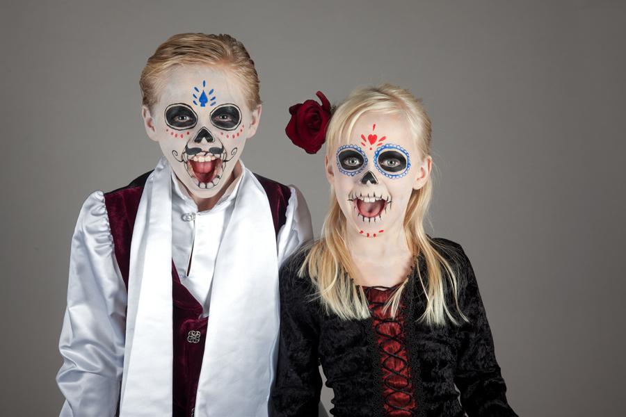 Dia De Los Muertos Schminktipp Fur Die Ganze Familie Zu Halloween