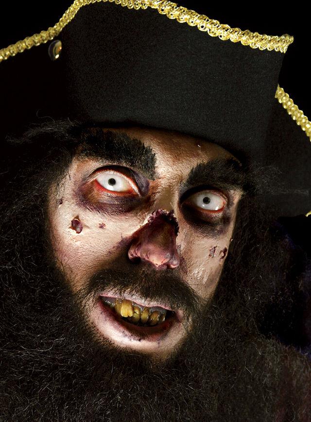 zombie kost me halloween masken und jede menge kunstblut. Black Bedroom Furniture Sets. Home Design Ideas
