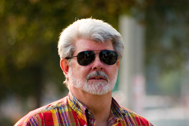 a comparison of george lucas star wars and gene roddenberrys star trek Star trek vs star wars:  when star wars came out: 11 years after the debut of gene roddenberry's original star trek  gene roddenberry met george lucas .